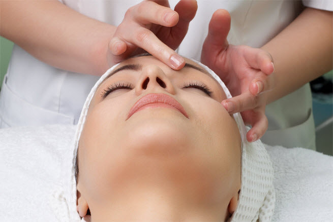 gezichtsbehandeling schoonheidssalon la Ligne Den Dolder